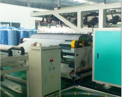 挤出机换网器在再生塑料生产应用中的重要性与选型